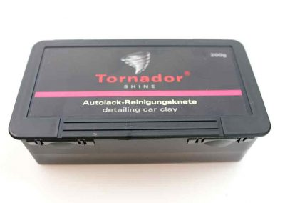 877940-Tornador-SHINE
