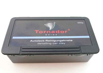 877941-Tornador-SHINE